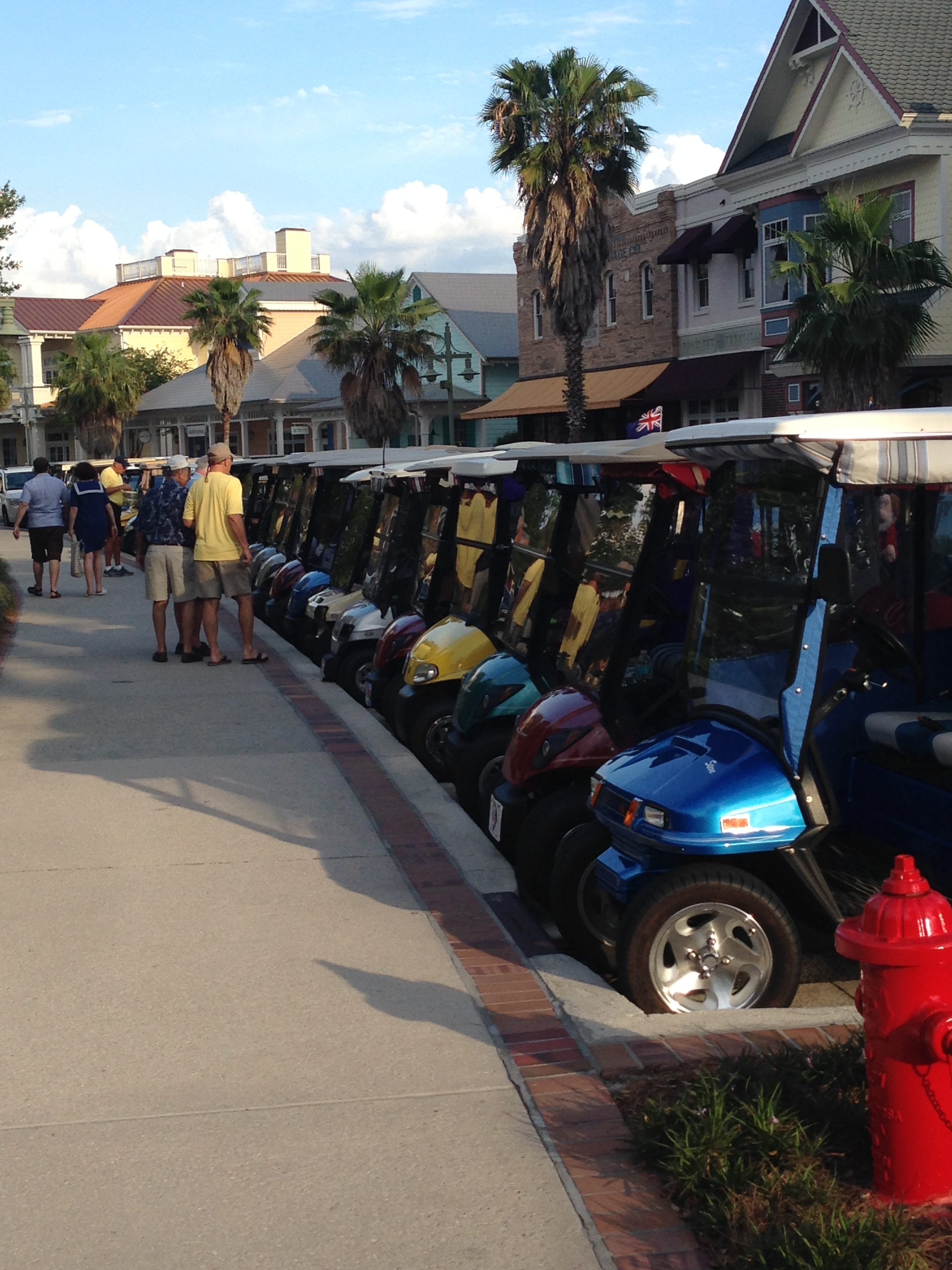 Golf cars everywhere!